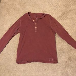 Light long sleeve shirt